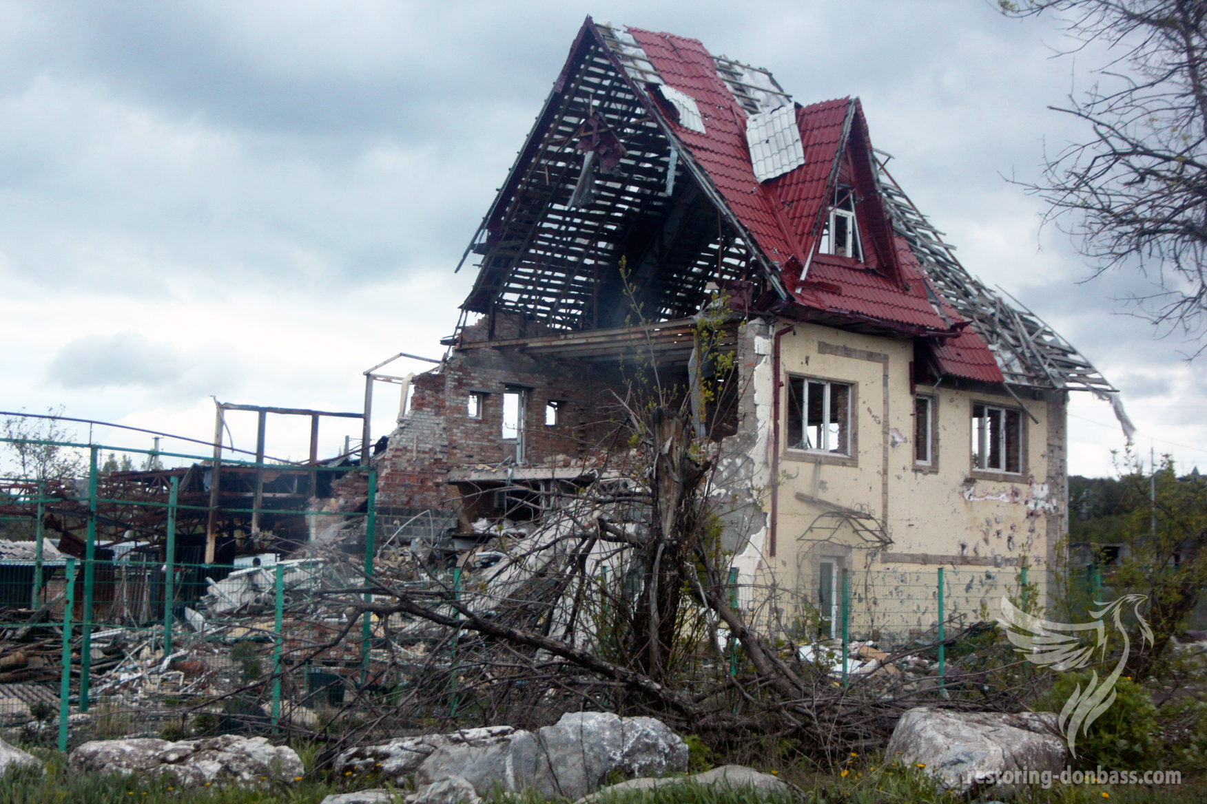 Semyonovka village a year after the beginning of hostilities, May 15,
