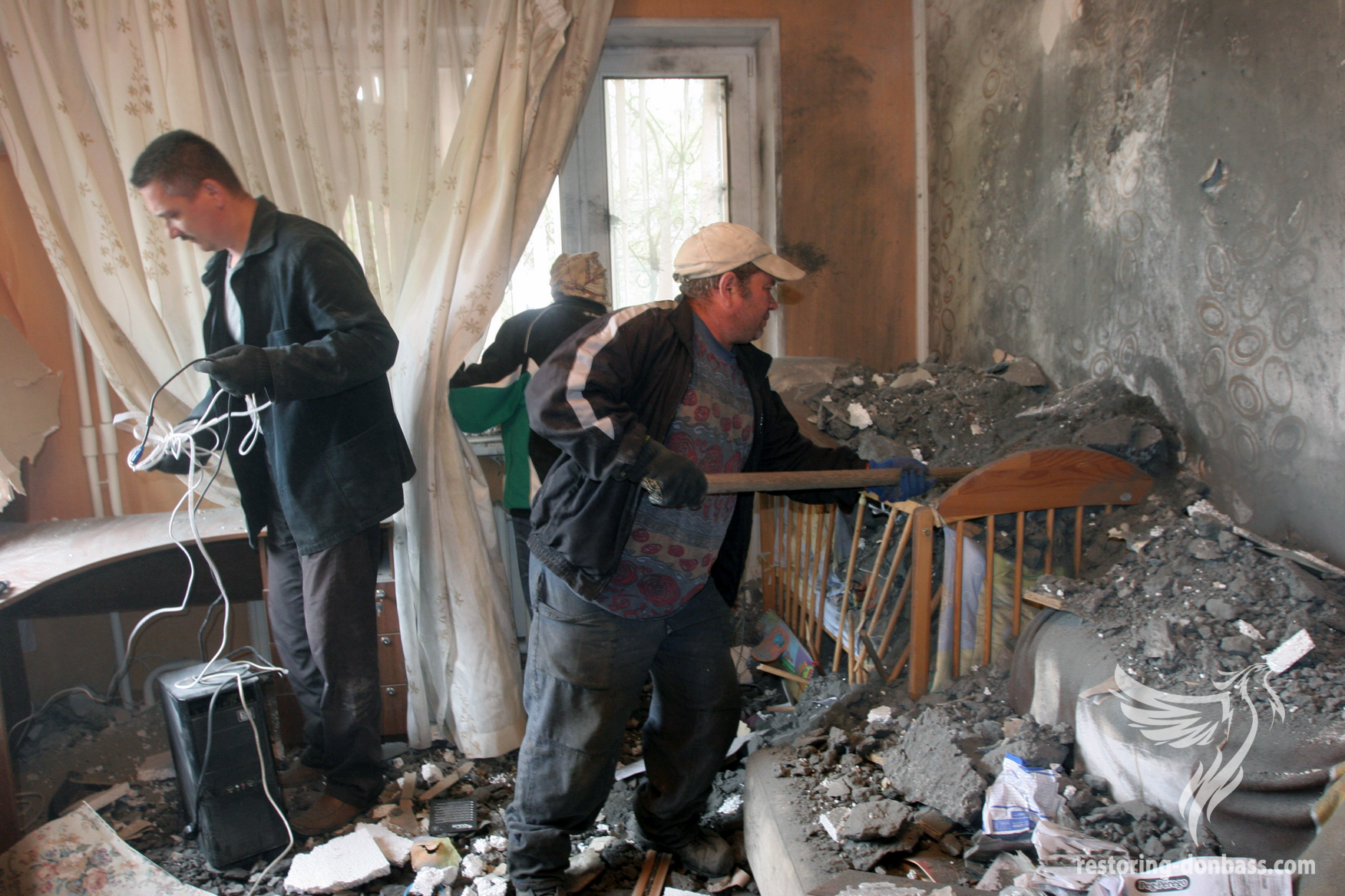 The results of the night bombardment of Donetsk, May 3, 2015