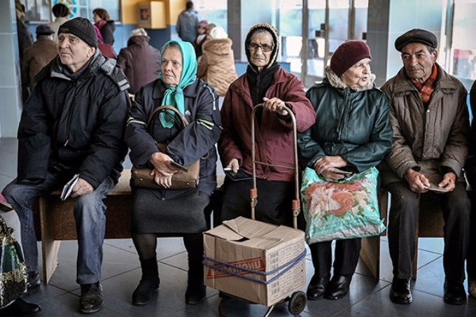 According to the estimates of the Pension fund in uncontrollable territories of Donbass still 202,4 thousand pensioners