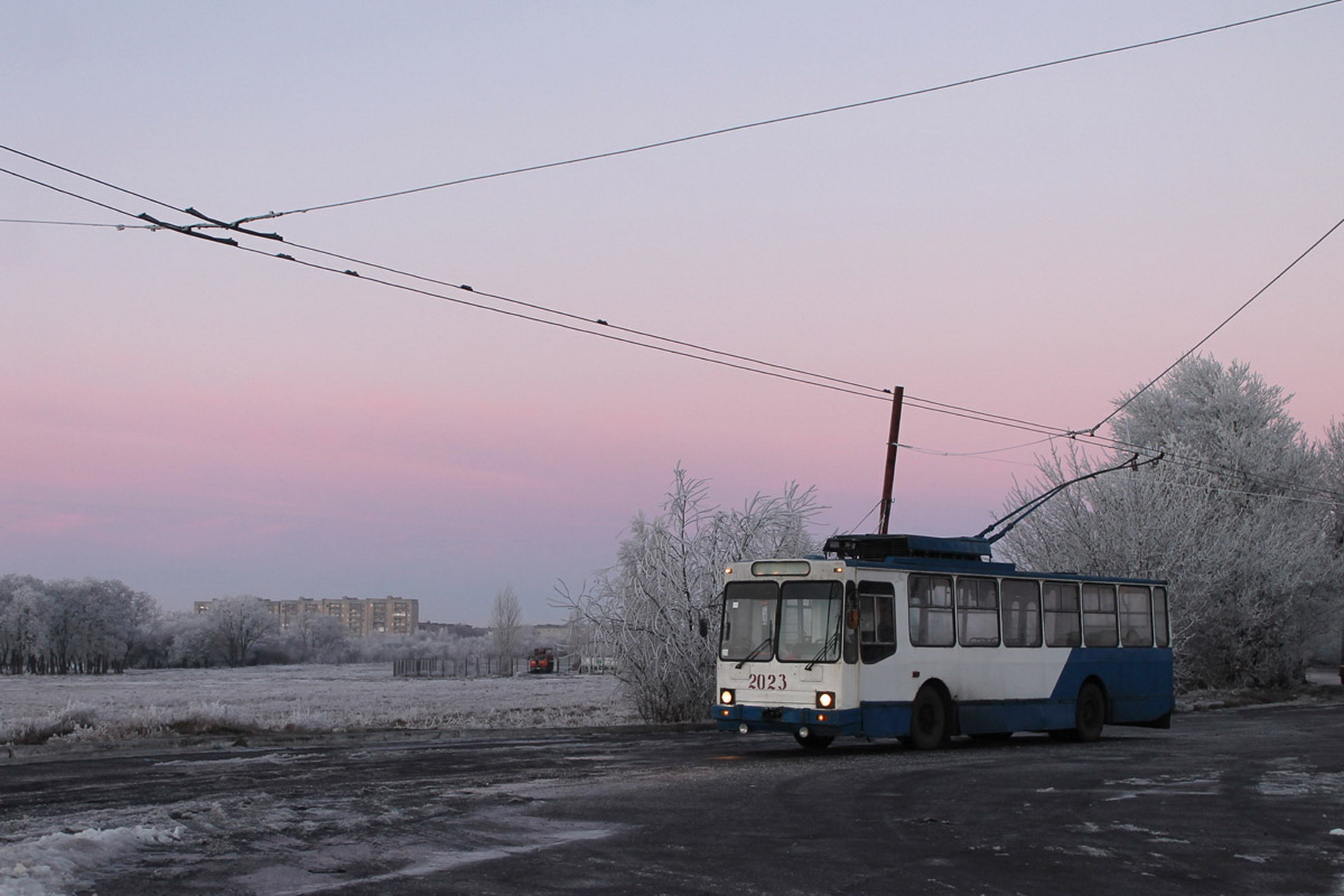 Dawn over Uglegorsk. Maria Kayryak