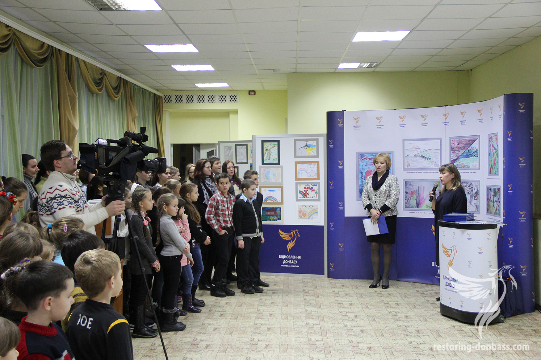 More than 300 children from Sumy attended the opening of the exhibition «Peace and war through the eyes of Donbas children»