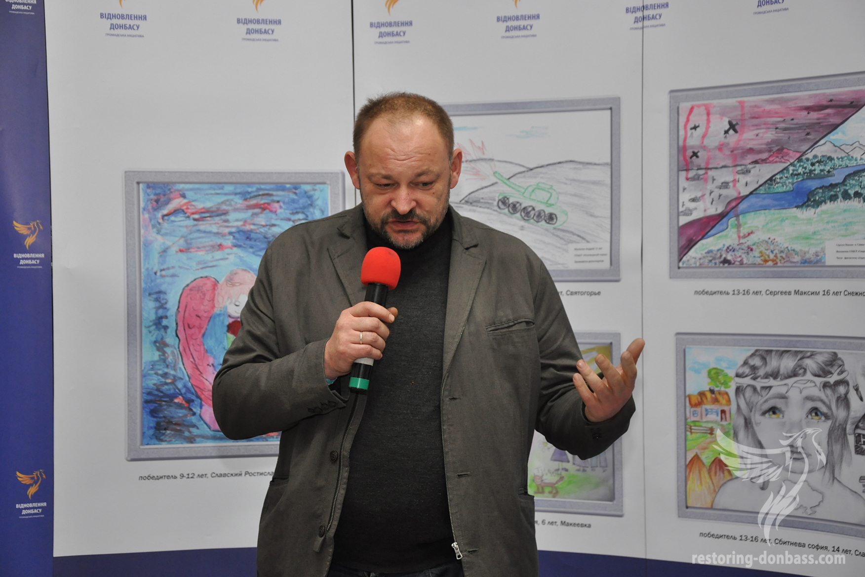 Director of the National museum of Taras Shevchenko Dmitry Stus at the Kramatorsk exhibition