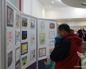 """Exhibition """"Peace and war through the eyes of Donbas children"""" in Kharkov"""