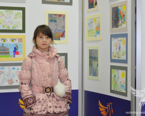 IDP from Donbass at the exhibition in Chernovtsy