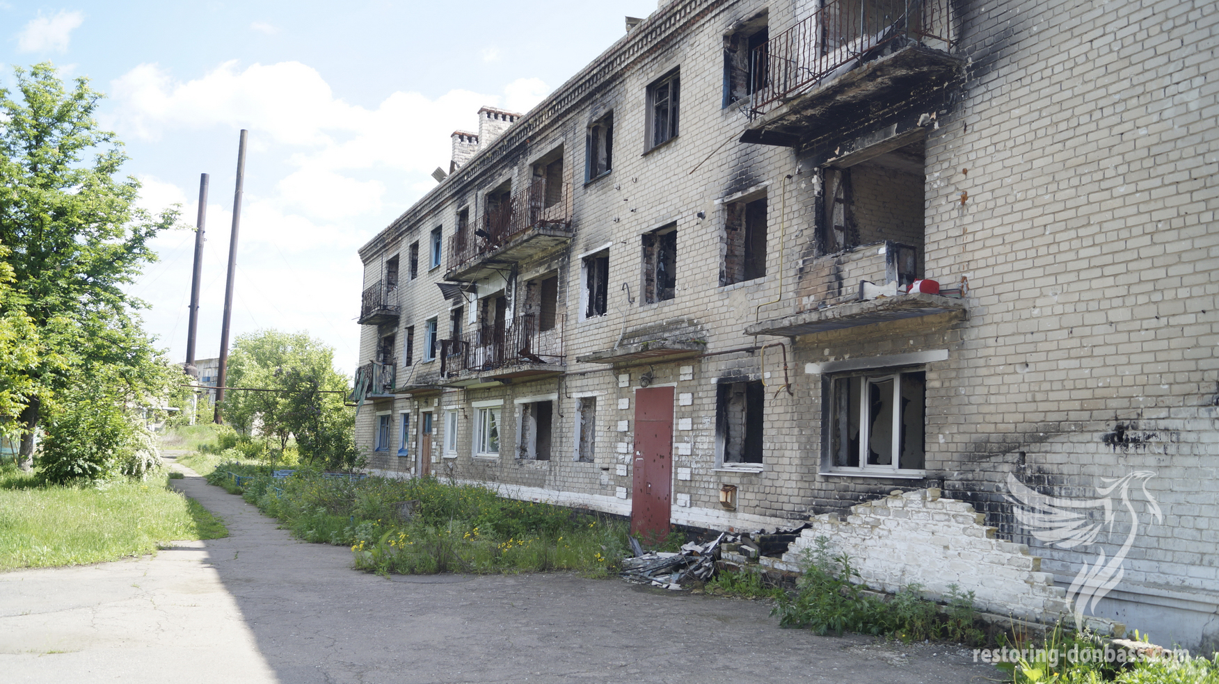 Marinka, Donetsk region. May, 2016. Destroyed house