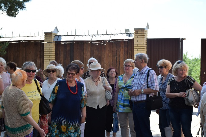 Special trip to Ukrainian ethnic village for the veterans
