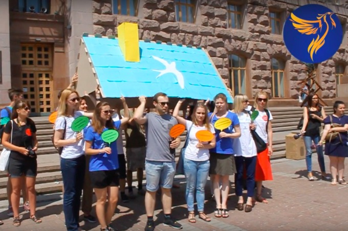 IDPs and activists staged performance in the centre of Kyiv VIDEO