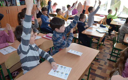 """Children from """"grey zone"""" in Donbas will go to boarding schools"""