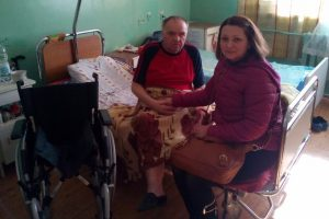 "Volunteers ""Restoring Donbass"" donated a wheelchair to a family from Donetsk"